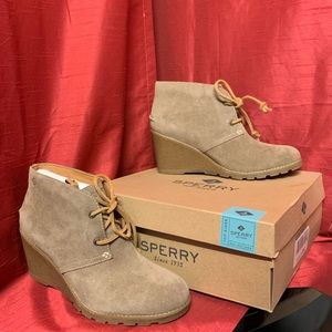 Sperry Stella Prow Taupe Wedge Booties Size 8.5